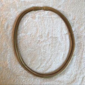 Jewelry - Gold tone serpentine necklace